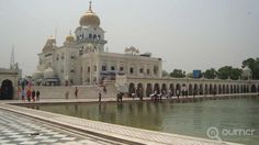Bangla Sahib in Connaught Place, Delhi