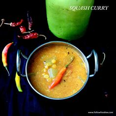 This is a simple and a quick curry made with Sorakkai AKA Bottle gourd with some authentic Indian ground masala and spices . Soup Recipes, Vegetarian Recipes, Cooking Recipes, Healthy Recipes, Indian Food Recipes, Asian Recipes, Kootu Recipe, Vegan Soups, Saveur