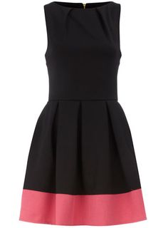 Black contrast hem pleat dress