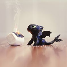 "Silvio Medeiros brazilian ad campaign with ""toothless"" of Dragons Toys Photography, Creative Photography, Chibi, Lego Man, Dragon Party, Creative Photos, How To Train Your Dragon, Girl Birthday, Maya"