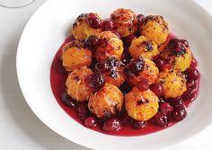 Rich and Silky Turkey Gravy | Gobble Gobble | Pinterest | Turkey Gravy ...