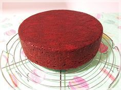 PASO A PASO BIZCOCHO RED VELVET Sweet Recipes, Cake Recipes, Plum Cake, Baking And Pastry, Great Desserts, Velvet Cake, Cookies And Cream, Homemade Cakes, Chocolate