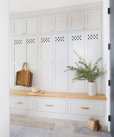Mudroom Beauty, entryway, home decor ideas
