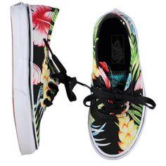 689741900b 164 beste afbeeldingen van ✯ Shoes ✯ - Kid shoes