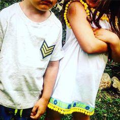 """""""Mi piace"""": 49, commenti: 2 - DoDoÀ (@dodoa._) su Instagram: """"☀️T-shirts Amerigo e Estrella ed è subito estate!☀️😃 Personalizzabili e mini-me. Papà e figlio,…"""""""