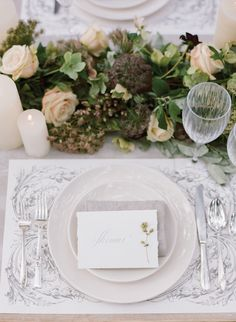 Place setting of whi