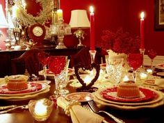 Romantic Valentine's Dinner Table