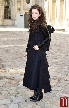 Lorde-Christian-Dior-Fall-2015-Fashion-Show-Paris-Fashion-Week-Tom-Lorenzo-Site-TLO (5)