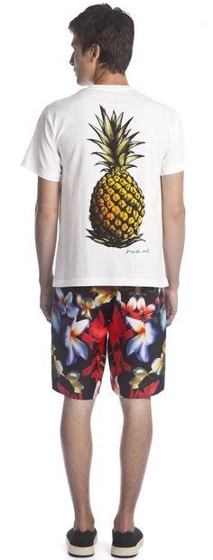 Osklen - T-SHIRT STONE ABACAXI MC - t-shirts - men Geile T-shirts, Surf Wear, Basic Outfits, Man Swimming, My T Shirt, Printed Tees, Mens Tees, Urban Fashion, Cool T Shirts