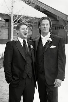At Jared's wedding!!! ❤️ J2 is so freaking adorable! Cutest bromance out there!!!
