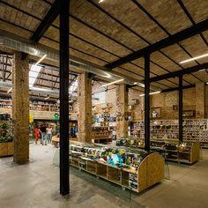 serrano + baquero transforms seville warehouse to include comic book store