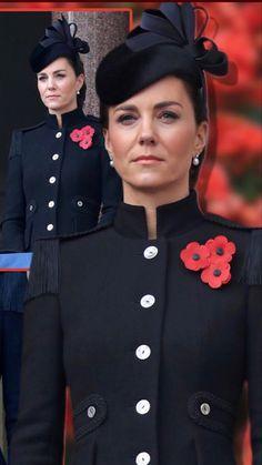 Kate Middleton Outfits, Middleton Family, Kate Middleton Style, Duchess Kate, Duke And Duchess, Duchess Of Cambridge, Duke William, William Kate, Pantyhosed Legs