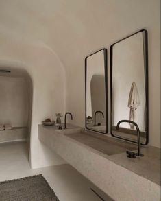 Minimalist Bathroom, Modern Bathroom, Small Bathroom, Colorful Bathroom, Spa Like Bathroom, Modern Sink, Neutral Bathroom, Bathroom Black, Contemporary Bathrooms