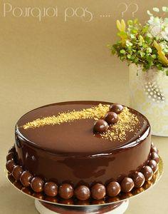 Gat-Ô Irish coffee (entremets au fondant chocolat/café, sablé au grué de cacao, mousse au café, glaçage miroir au cacao