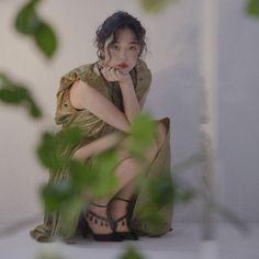 Sulli for Cosmopolitan & W korea Sulli Choi, Choi Jin, Shinee, Instagram Names, Instagram Posts, W Korea, Sully, Kpop, Yoona