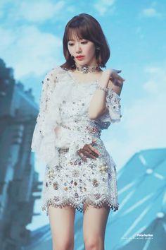 K-Pop Babe Pics – Photos of every single female singer in Korean Pop Music (K-Pop) Kpop Girl Groups, Korean Girl Groups, Kpop Girls, Yuri, Stage Outfits, Kpop Outfits, Kpop Fashion, Fashion Outfits, Honda