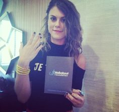 Pretty Little Liars actress Lindsey Shaw supporting nonprofit org Walkabout Foundation with her Threads of Friendship nautical #bracelet