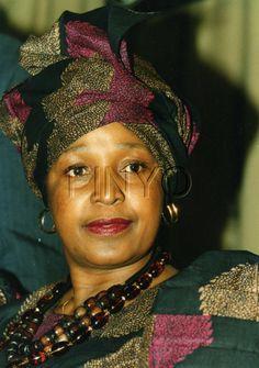 winnie mandela   Winnie Mandela African Style, African Fashion, Winnie Mandela, Xhosa, Nelson Mandela, Former President, Male Face, Politicians, Good People