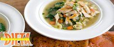 Uma refeição saudável, leve e deliciosa muitas vezes é assim que vemos um prato de sopa. A sopa de legumes é um prato ideal para manter a forma, esquentar e se for bem feitinha, fica muito saborosa.  Sopa de legumes dependendo como for preparada sua composição pode fornecer uma variedade de nutrientes e trazer benefícios para a nossa saúde. Sopa com legumes apresenta baixo valor calórico.