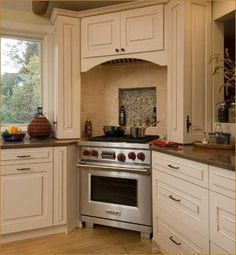 kitchen range at corner of peninsula - Google Search