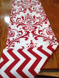 Reversible Christmas Table Runner Red and White by decorate23