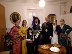 e-Pontos.gr: Τα Ποντιακά κάλαντα έψαλλε στο Μητροπολίτη Σουηδία...