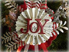 Rosette Ornament, love making these~ especially in sets of three that coordinate somehow