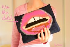 LAST CHANCE to WIN this #handmade clutch via Duni's Studio #giveaway