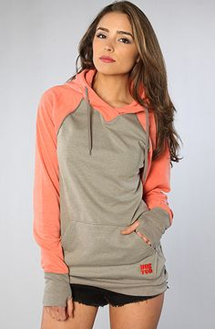 I like that this sweatshirt covers your hands...need to get me one!