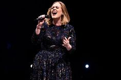 Adele's 'Hello' Ties 'Rolling in the Deep' for Her Longest-Leading AC Chart No. 1 -Leading AC Chart No. Adele 19, Adele Love, Celebrity Pictures, Celebrity News, Adele Concert, Adele Photos, Female Singers, Celebs, Celebrities