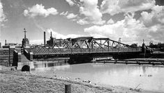 Image The Swing Bridge over the Maribyrnong River opened on December 18 1895 and demolished 1960 Footscray