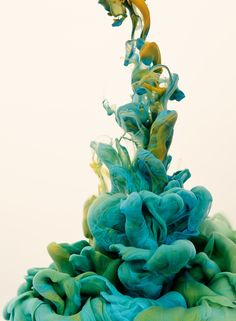 In his series 'A due colori' Alberto Seveso experiments with high-speed photography while trying to find a new way to make something beautiful using ink and water. Loving to play with colors and tones, this series embodies the concept of stopping time through ink in the image.