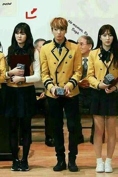 Foto Jungkook, Foto Bts, Bts Taehyung, Bts Jimin, Bts Memes Hilarious, Really Funny Memes, K Pop, Fanfic Kpop, Frases Bts