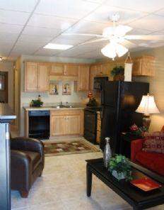Spacious eat in Kitchen- Fountain Square Apartments, Tuscaloosa ...