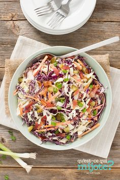 Salade de chou à la mayonnaise SERIOUSLY Good #recette Best Coleslaw Recipe, Coleslaw Mix, Mayonnaise, Green Lettuce, Carrot Greens, Backyard Bbq, Vegetable Sides, 20 Min, What To Cook