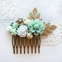 Romantic elegant bridal hair comb, affordable wedding hair accessories.