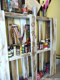 Pallet projects {Newbie party started} - Debbiedoo's | Debbiedoo's