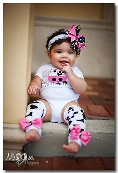 This is so cute.. can't wait! outfit sets, cow outfits, babi girl, hair bow, moo cow, ador cow, bow outfit
