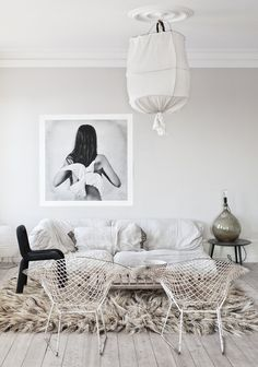 big and furry rug, so fluffy! neutral tones, soft and light, gipsy style