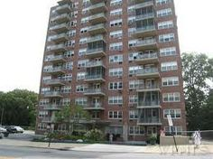 385 Mclean Ave , Yonkers , Ny 10705  Studio $45,900 . In Excellent Condition , Motivated Seller , Priced to Sell , Easy to show !