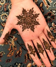 94 Easy Mehndi Designs For Your Gorgeous Henna Look Henna Hand Designs, Henna Tattoo Designs, Mehndi Designs Finger, Palm Mehndi Design, Mehndi Designs For Girls, Mehndi Designs For Fingers, Unique Mehndi Designs, Mehndi Design Images, Beautiful Henna Designs