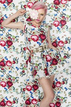 ❀ Flower Maiden Fantasy ❀ beautiful art fashion photography of women and flowers - Tetris Pom Pom Dress Floral Fashion, Fashion Prints, Visual Kei, Moda Floral, Mode Rose, Floral Tops, Floral Prints, Style Deco, Mode Editorials