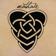 "Celtic motherhood knot, symbolizing a larger heart embracing a smaller heart from behind -- mother and child. The word máthair in Gaelic means ""mother"". This would be a good tattoo for my Sammie Irish Tattoos, Mom Tattoos, Great Tattoos, Body Art Tattoos, I Tattoo, Sleeve Tattoos, Celtic Motherhood Knot, Motherhood Tattoos, Celtic"