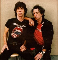 Mick Jagger and Keith Richards Rock N Roll, Waiting On A Friend, Keith Richards Guitars, Mick Jagger Rolling Stones, Rolling Stones Logo, Singer One, Moves Like Jagger, Ronnie Wood, Charlie Watts