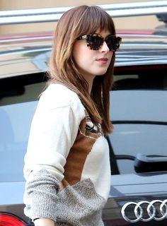 Dakota Johnson arriving to her hotel