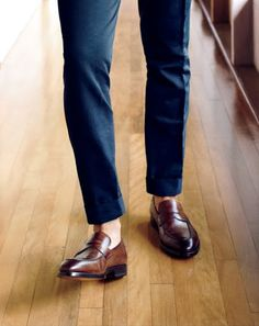 Gentleman welcome. - Loafers Outfit - Ideas of Loafers Outfit - Gentleman welcome. New Shoes, Men's Shoes, Dress Shoes, Shoe Boots, Wing Shoes, Shoes Men, Loafers Outfit, Loafer Shoes, Mens Dress Loafers
