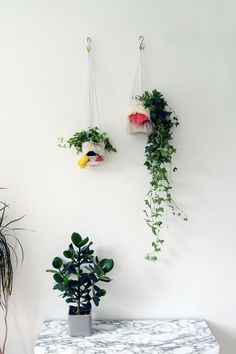I think it's pretty easy to see where my inspiration for these woven hanging planters came from. Take one hanging planter, mix with a woven wall hanging and you've got yourself an indoor garden party!Patterns and form influences from1960's fibre art and my ever growing collection of wool and yarn took over, and without any …