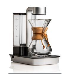 """ケメックスから新しく登場した""""Ottomatic""""だ。これは美しいデザインと究極の機能性が一体となったケメックス初の自動コーヒーメーカーである。"""