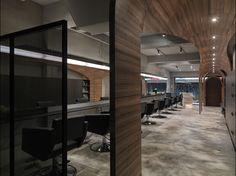 How Fun Hair Salon / JC Architecture