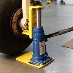 Be more productive with the Bogert Aviation Tribal Jack. It's easily 10X faster than wing jacks. Originally designed for the Piper Tribe of aircraft, Bogert's T